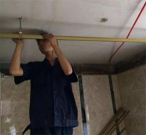 PVC吊顶拆除方法_pvc吊顶浴霸怎么拆除_厨房pvc吊顶拆除