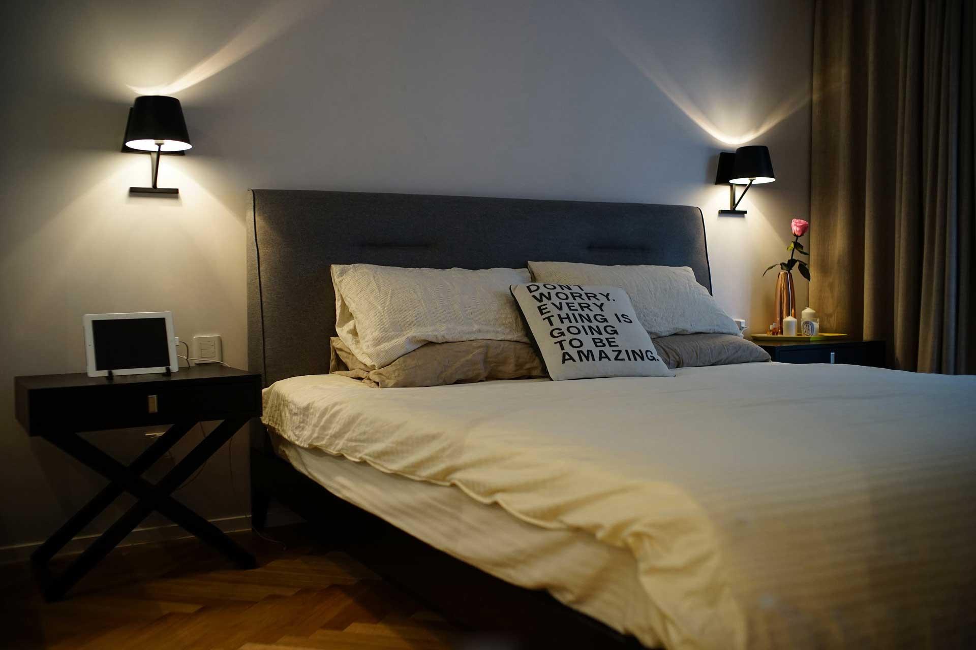 135平北欧风格三居装修床品搭配图
