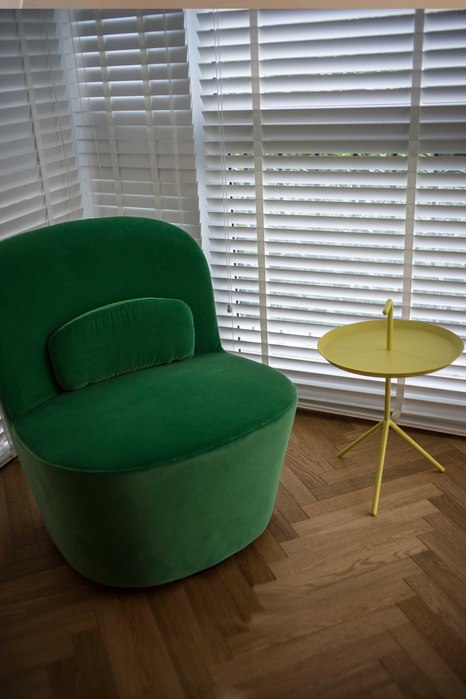 135平北欧风格三居装修阳台沙发设计图