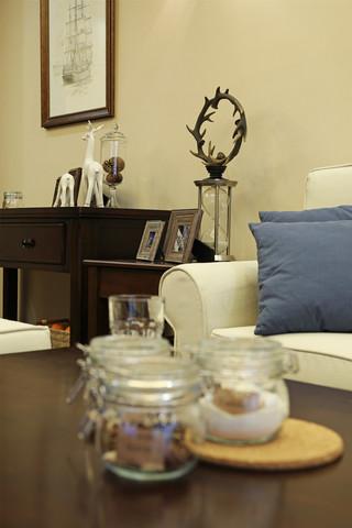 70㎡美式风格二居装修客厅小景