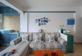 地中海风格二居室装修沙发背景墙布置图