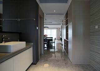 166平现代时尚三居装修过道设计图
