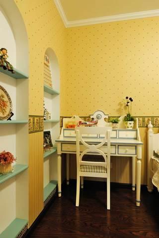 地中海混搭三居装修书桌设计图