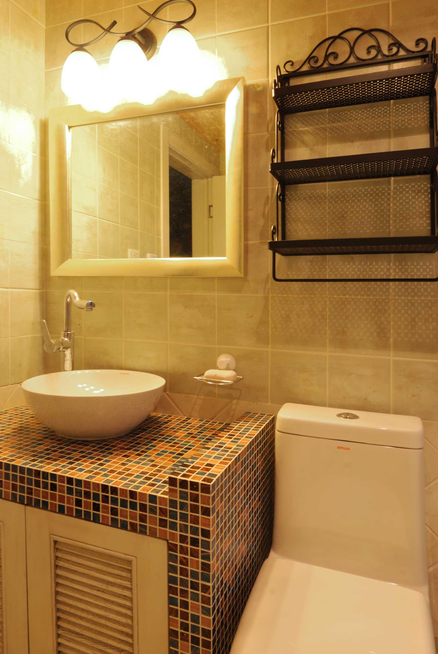 地中海混搭三居装修洗手台设计图