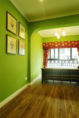 现代美式风格四居装修照片墙布置图