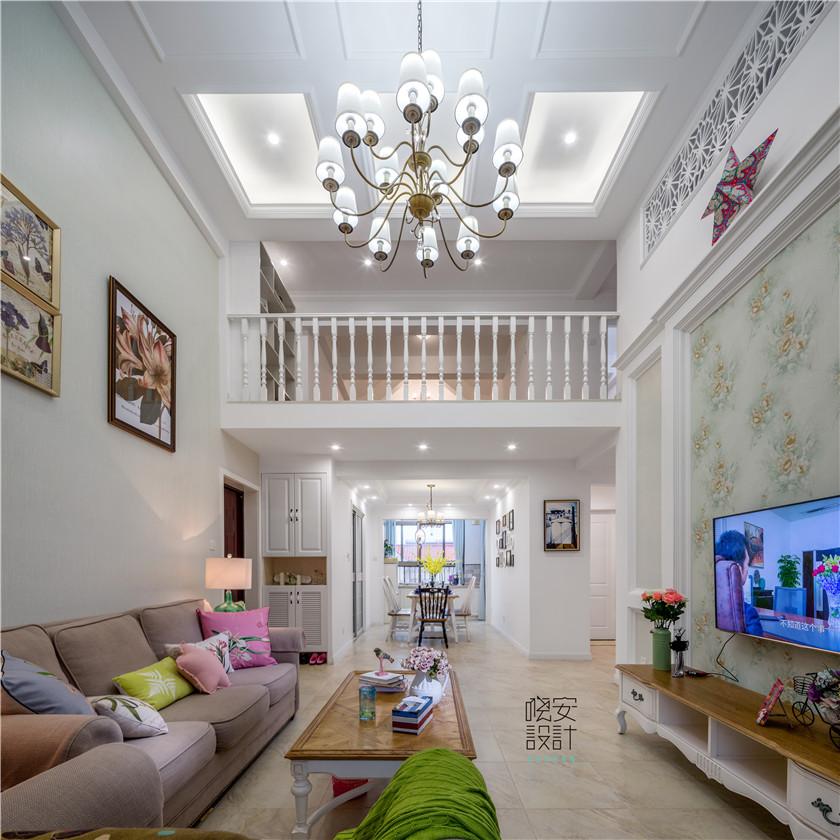 现代美式风格复式装修客厅吊顶效果图