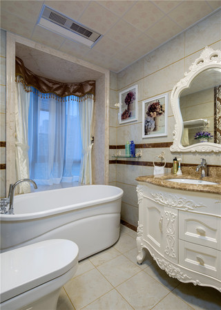 新古典美式风格别墅装修卫生间布局图