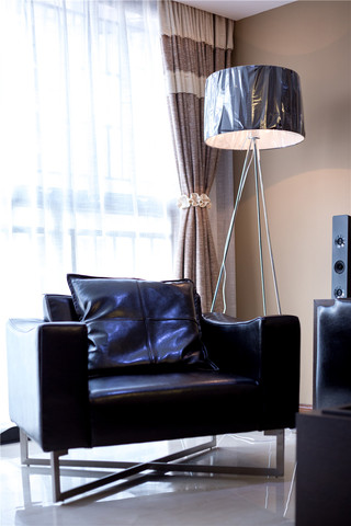140平现代简约二居装修单人沙发设计图