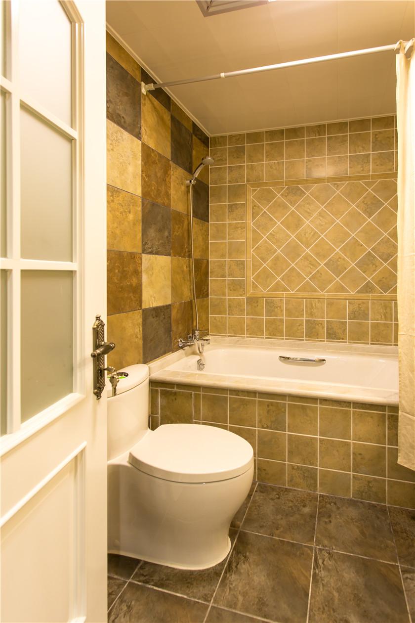 360平美式风格别墅卫生间装修效果图