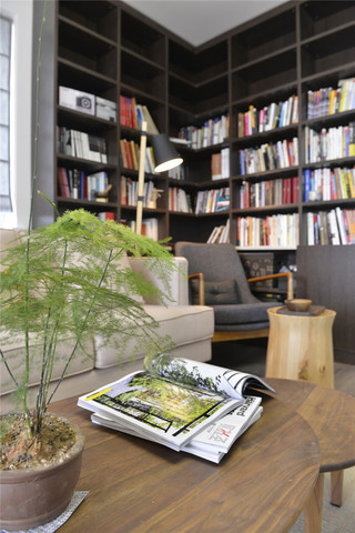 100㎡混搭风格二居装修书柜设计图