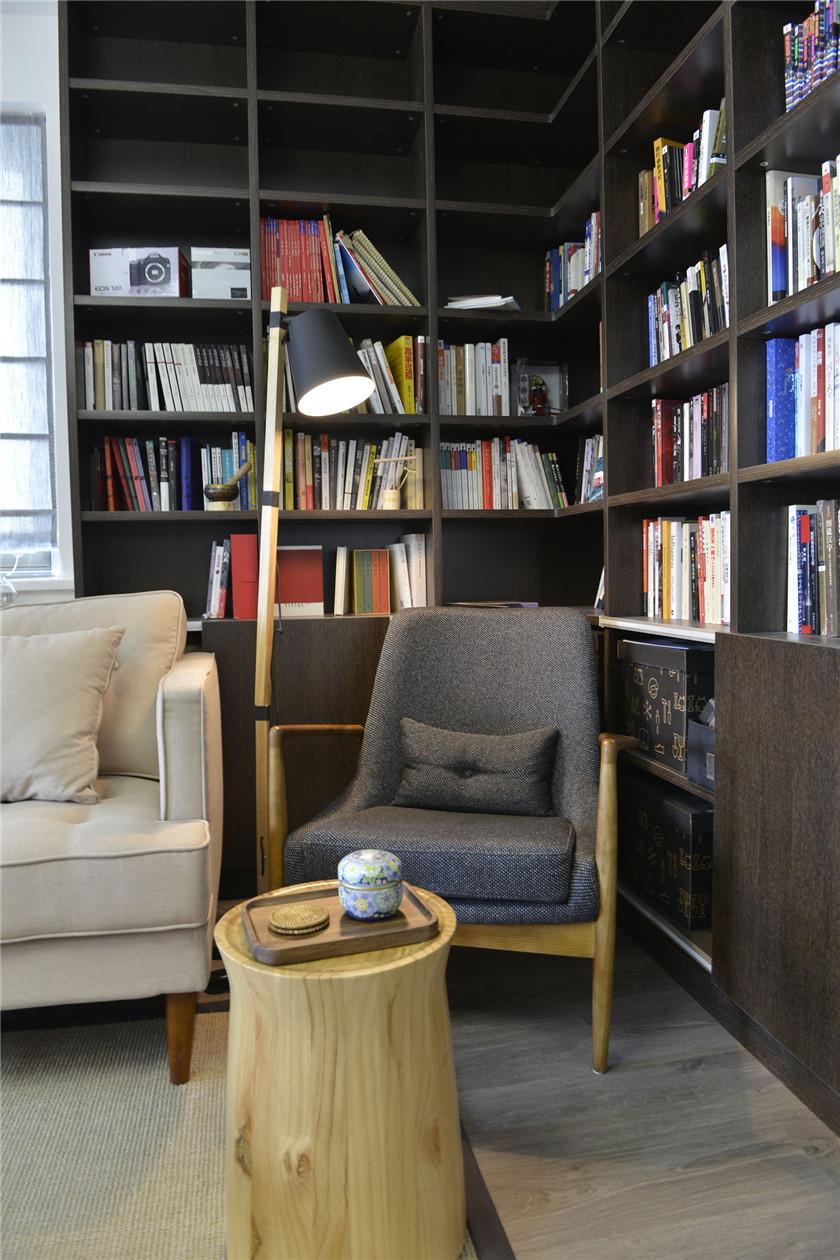 100㎡混搭风格二居装修客厅休闲一角