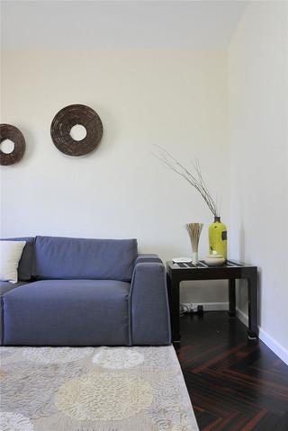 80平简约风二居装修沙发边几设计图