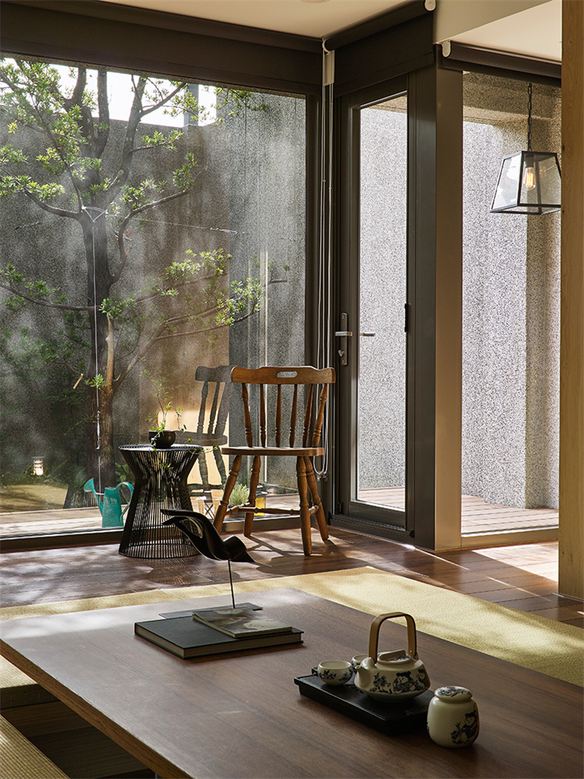 日式风格别墅装修茶几设计图