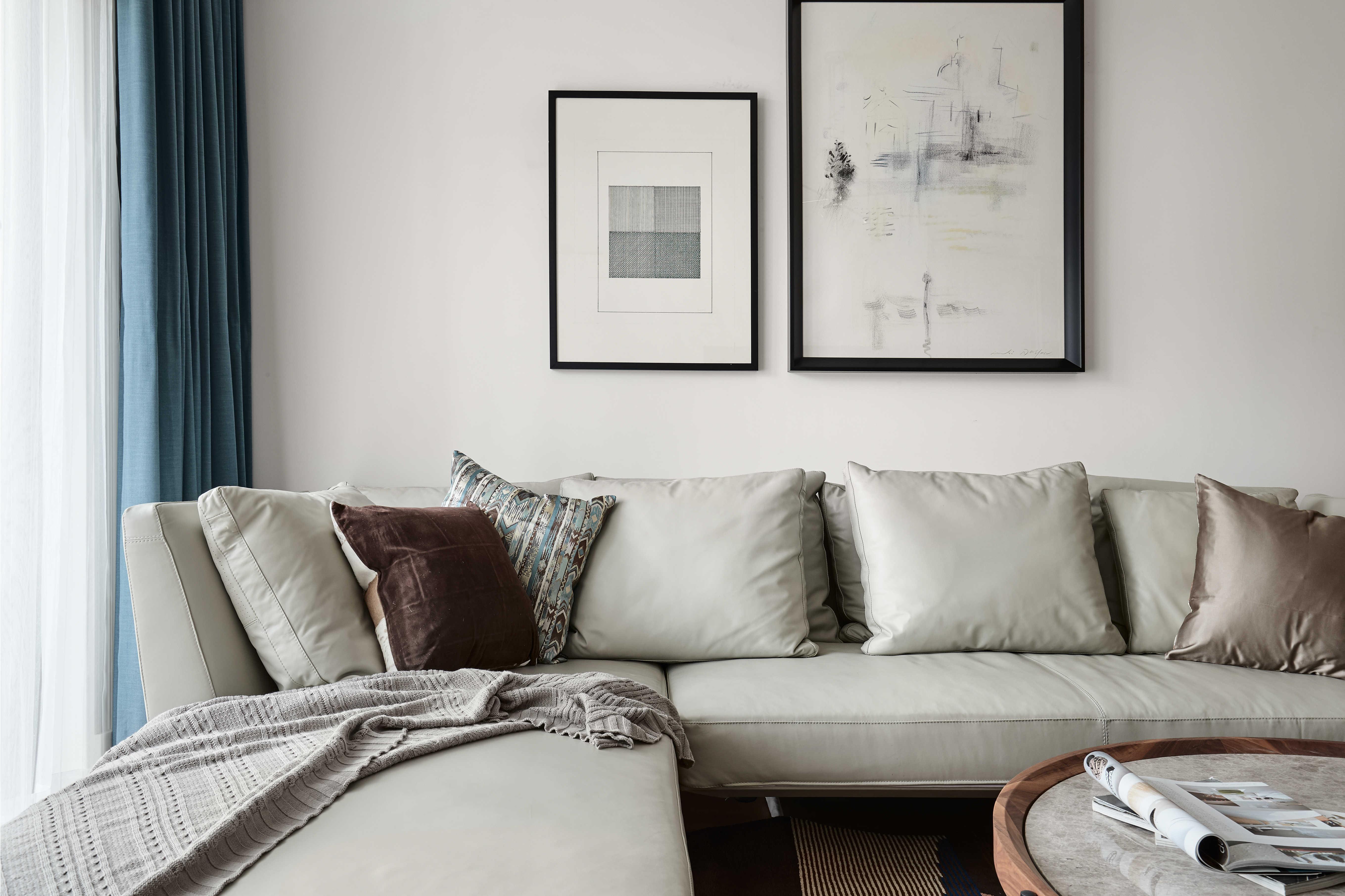 136平自然简约风客厅沙发设计图