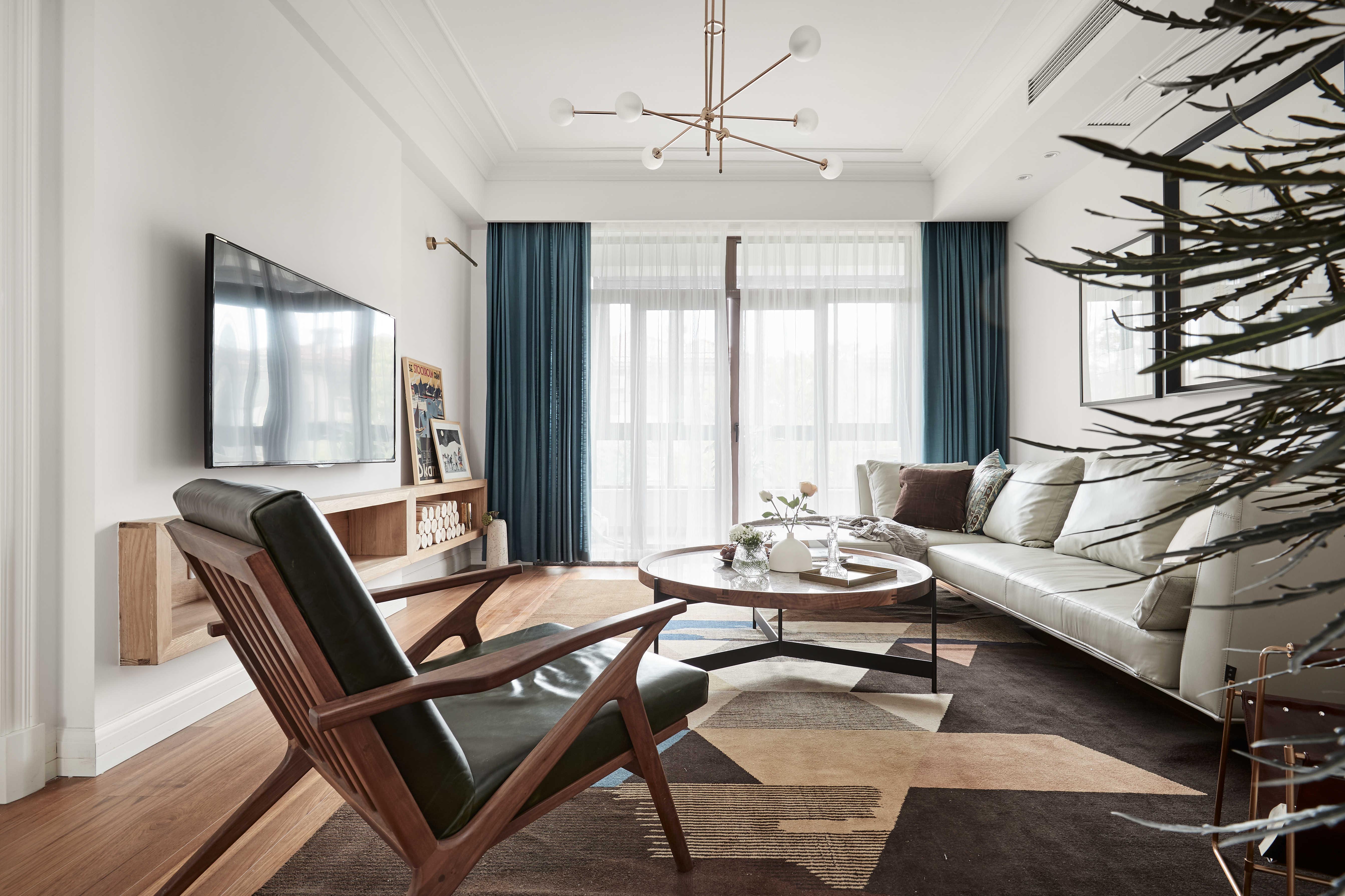 136平自然简约风装修客厅全景图