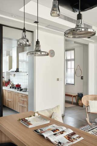 大户型休闲四居室装修吧台吊灯设计图