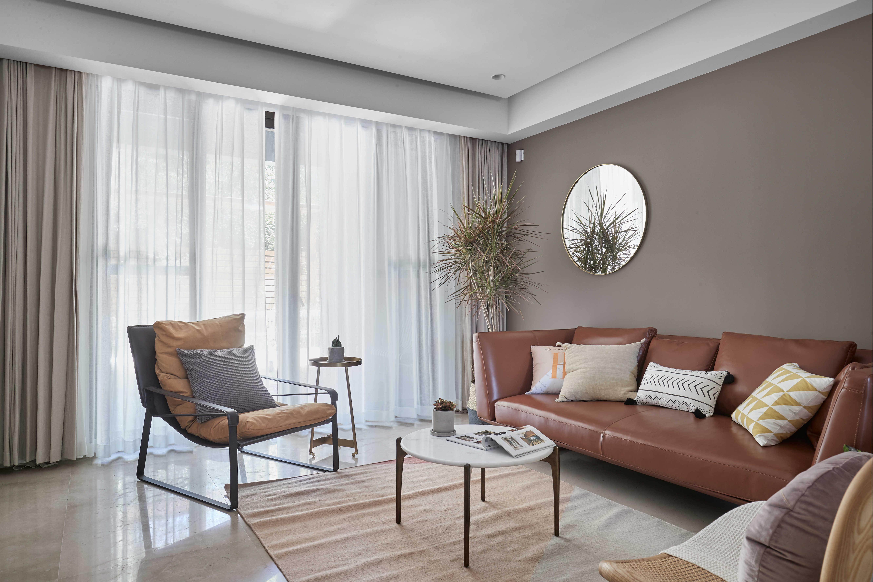 简约休闲三居室装修窗帘设计图