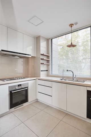 简约休闲三居室厨房装修效果图