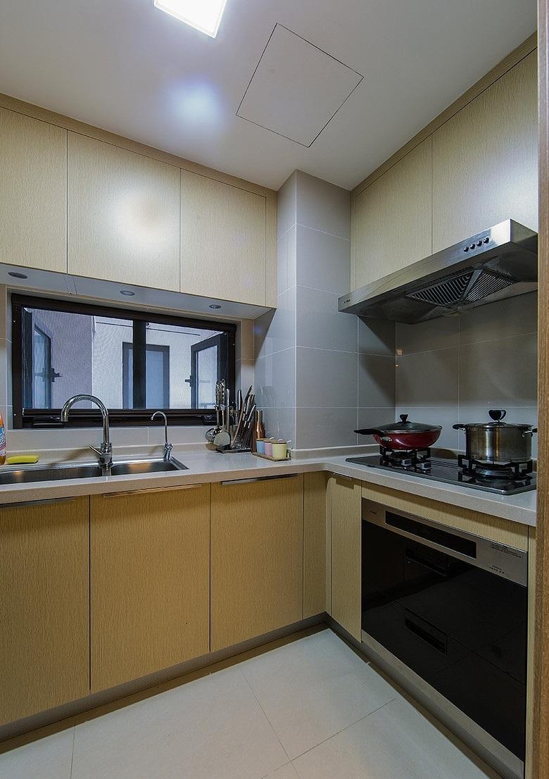 90㎡现代简约三居厨房装修布局图