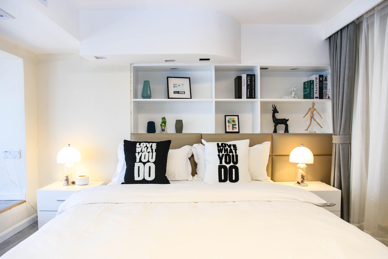 65㎡北欧风二居装修床头背景墙设计图
