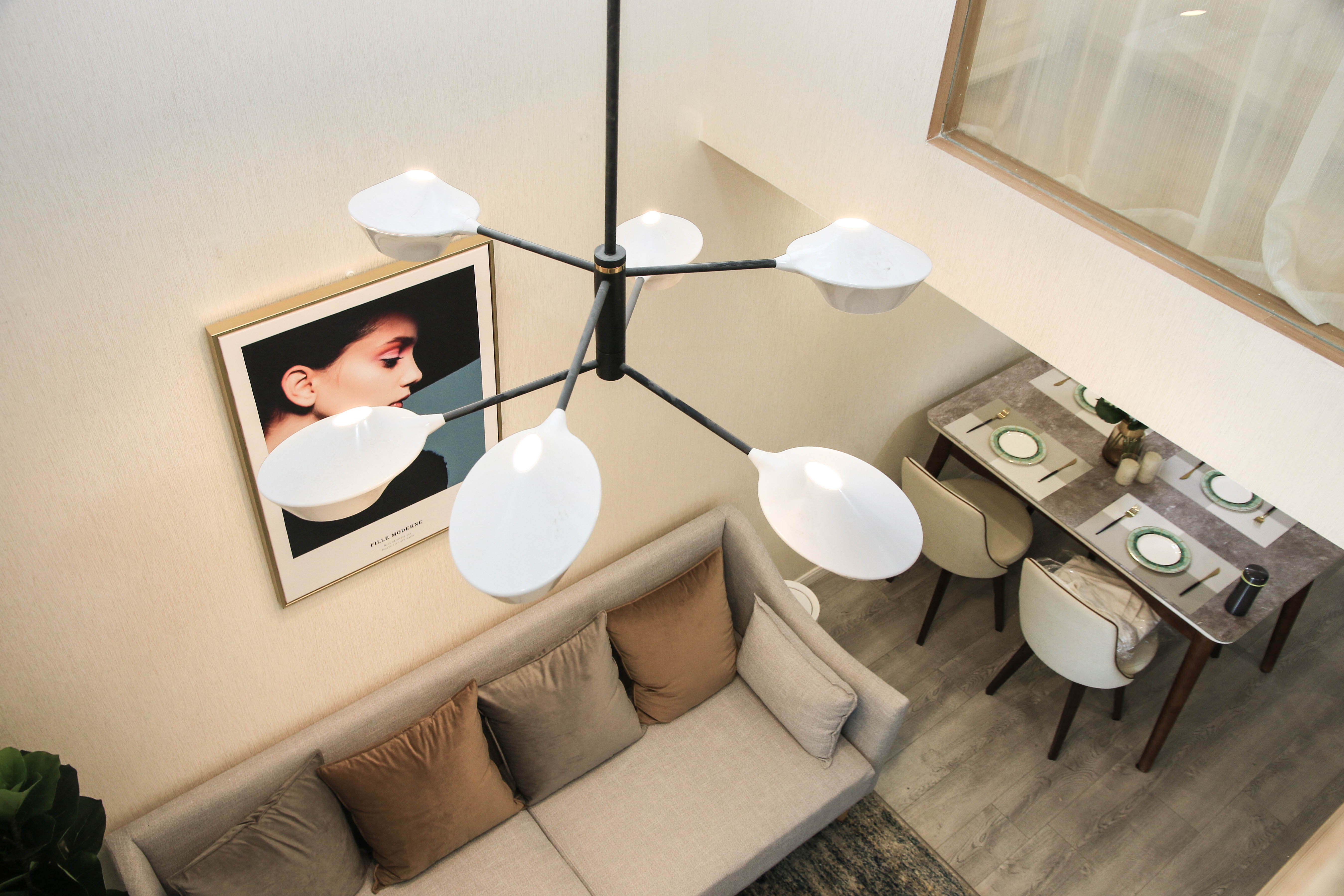 65㎡北欧风二居装修客厅吊灯设计图
