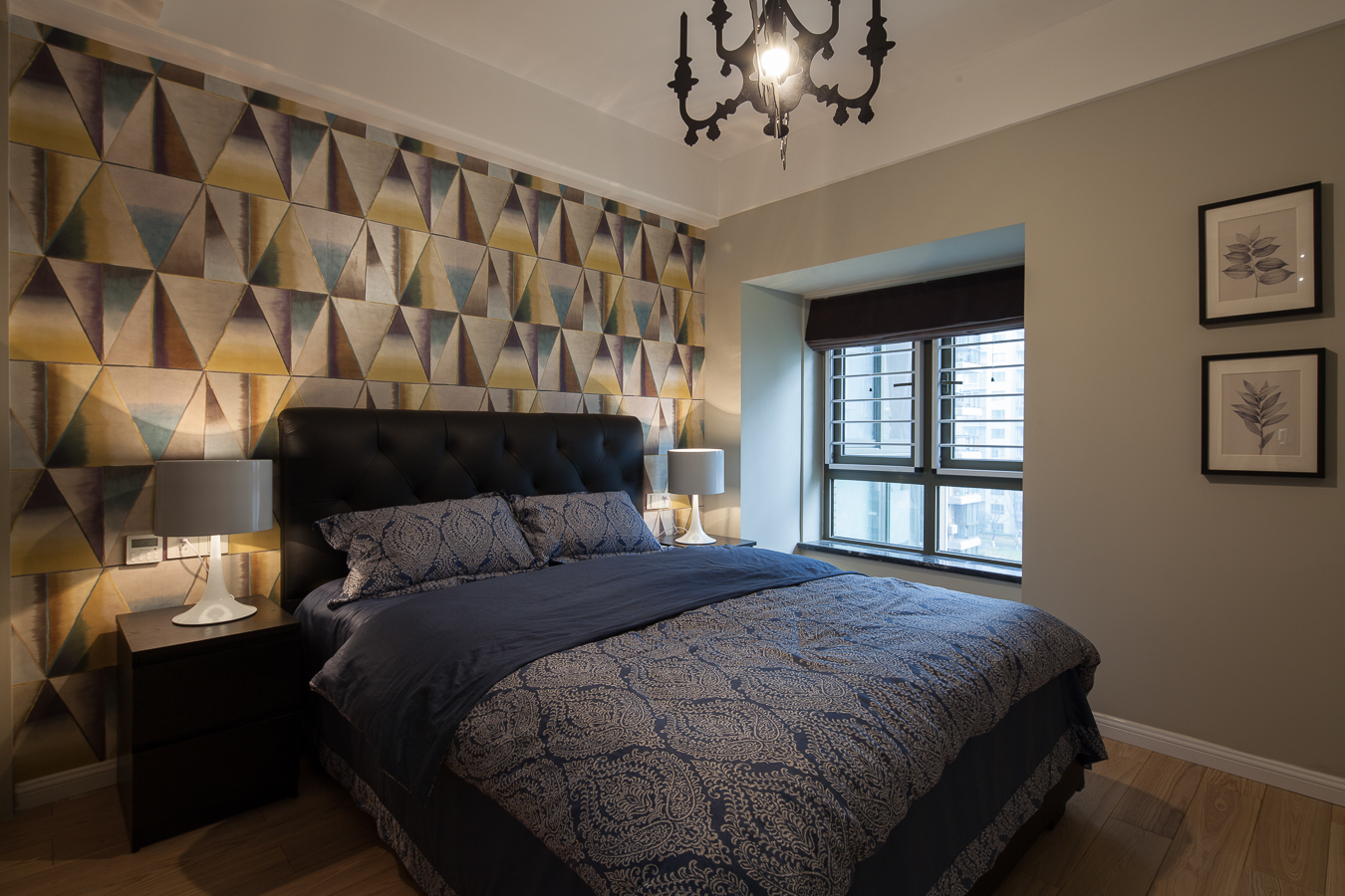 145平现代风格三居卧室装修搭配图
