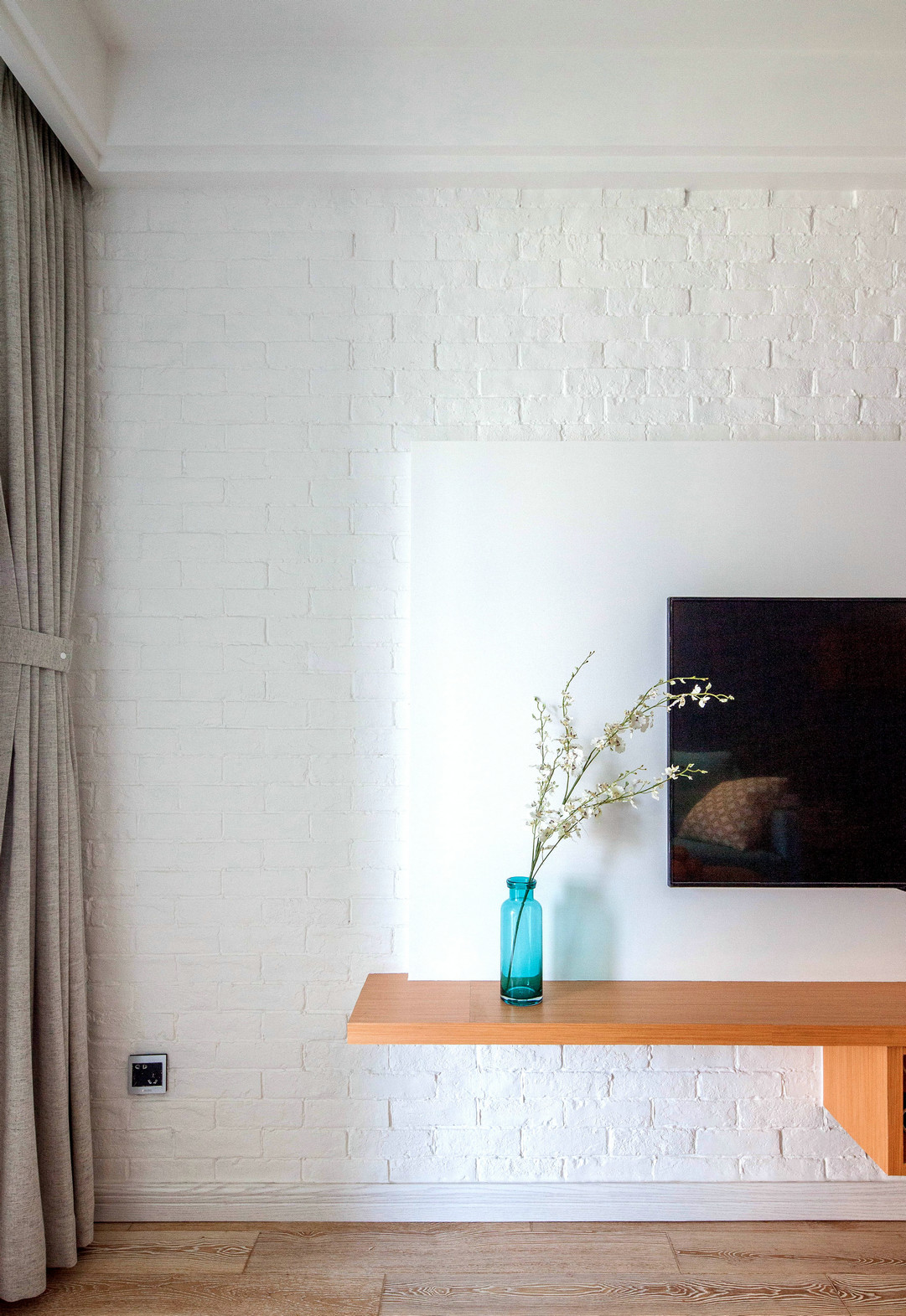 75平北欧风一居电视背景墙装修效果图