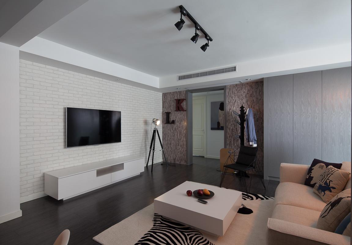 极简北欧风三居电视背景墙装修效果图