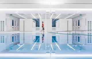 现代简约风游泳馆装修效果图