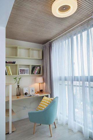 65平简约二居室阳台装修效果图