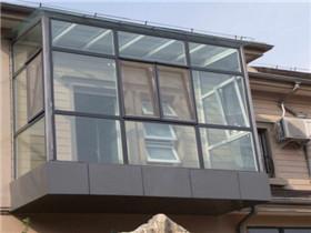 封阳台很贵吗 封阳台有什么作用
