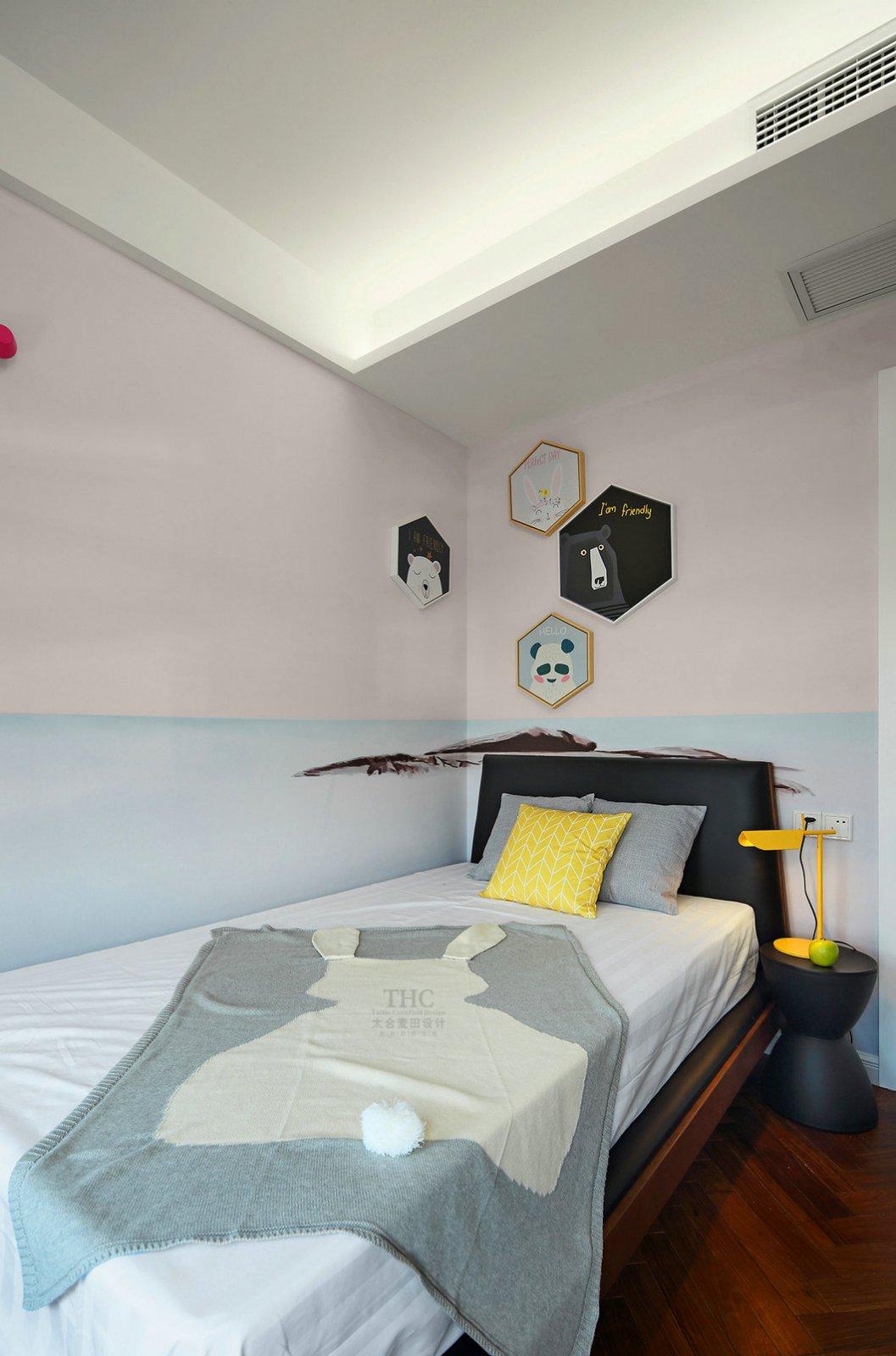 现代简约风格卧室装修布置图