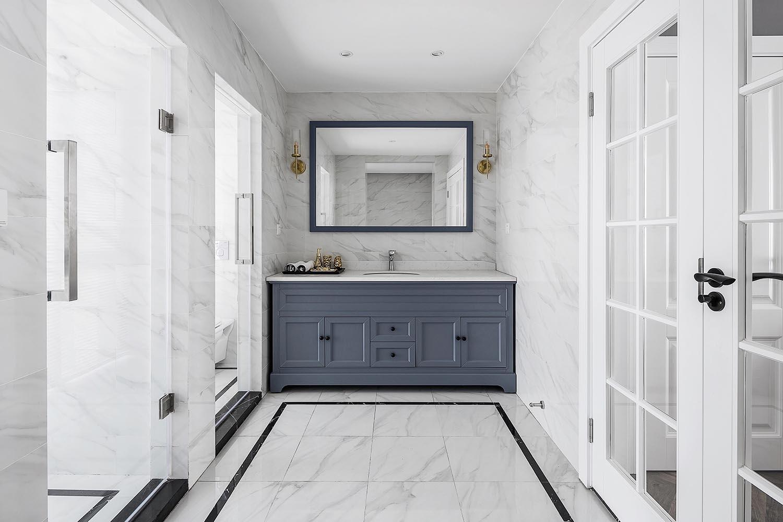 混搭风格二居室卫生间装修效果图