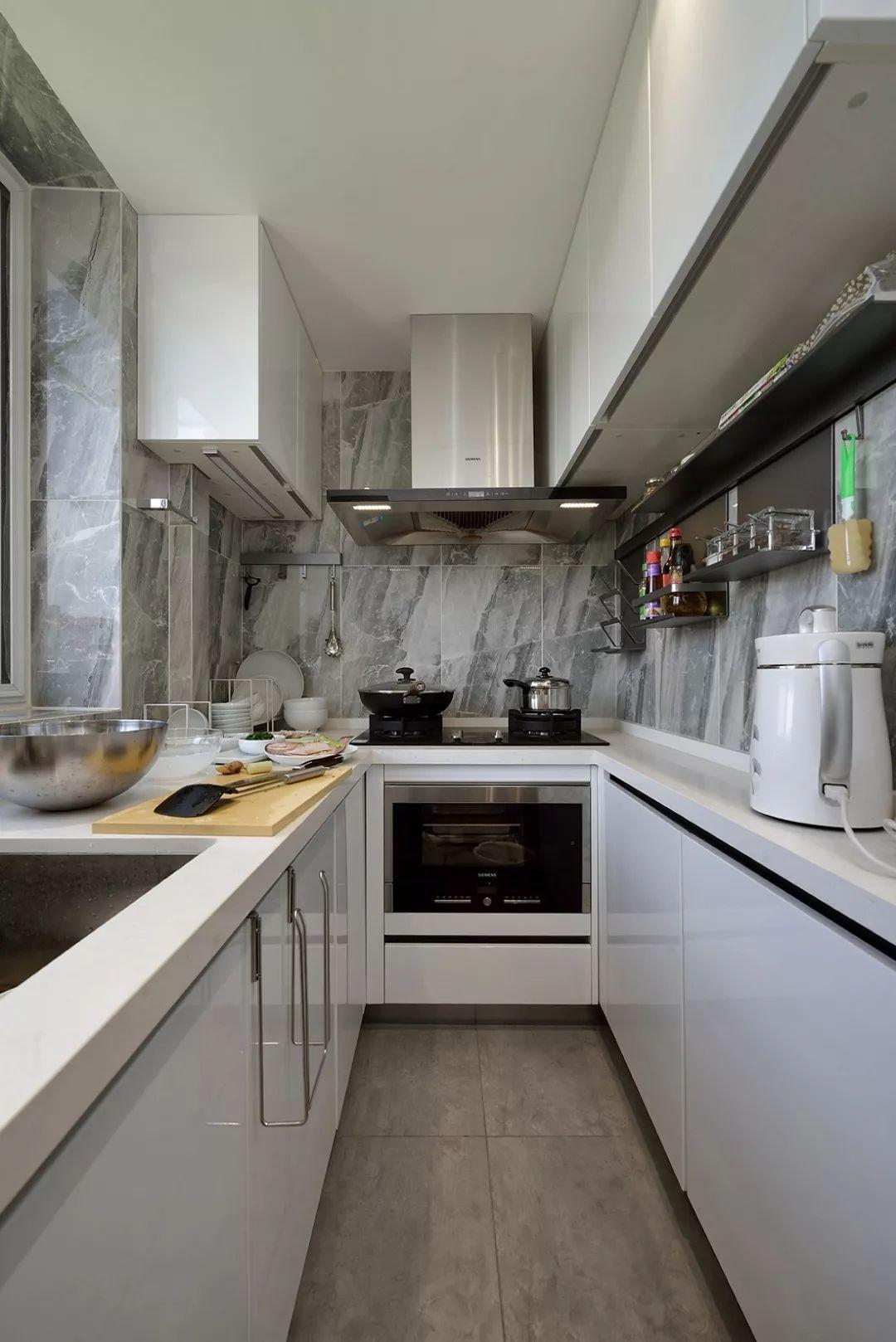 小户型简约北欧风厨房装修设计图