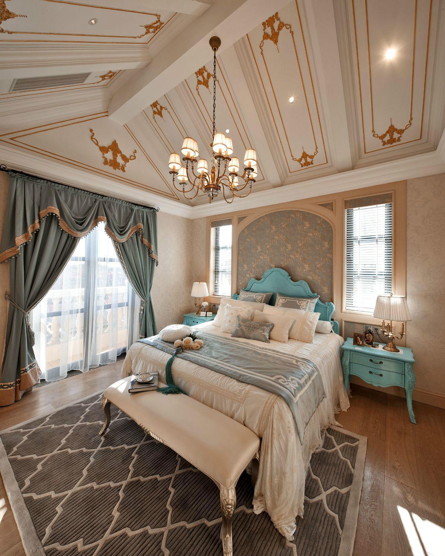 法式风格别墅卧室吊顶装修效果图