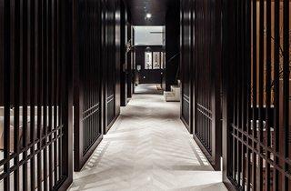 新中式别墅走廊装修设计效果图