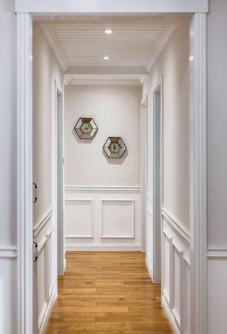 美式风格三居室走廊装修设计图