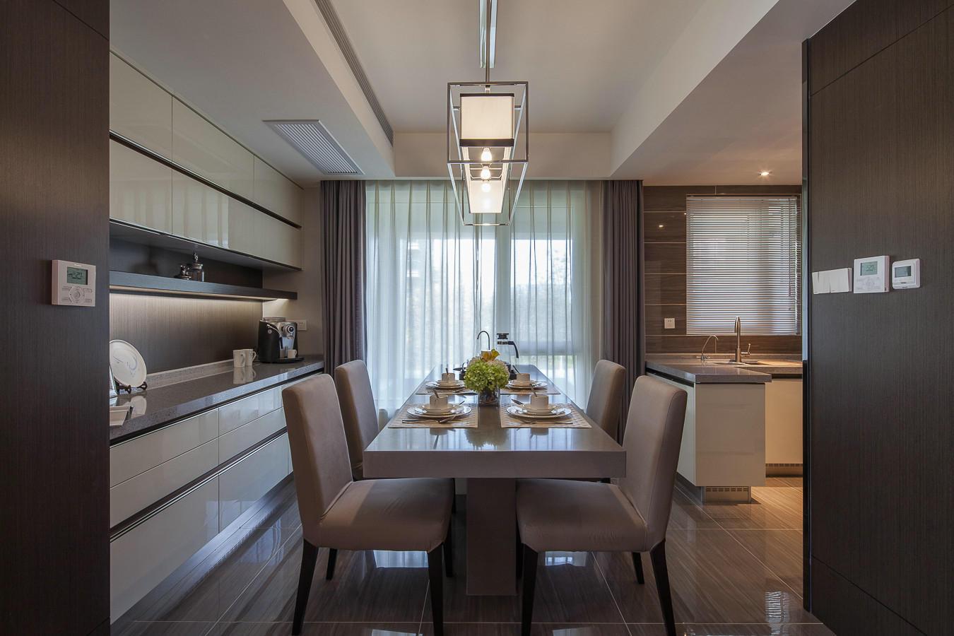 现代混搭风三居室餐厅装修效果图