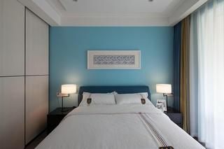 现代混搭风三居卧室背景墙装修效果图