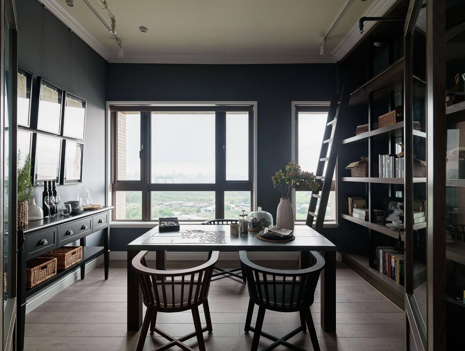 工业风格公寓餐厅装修效果图