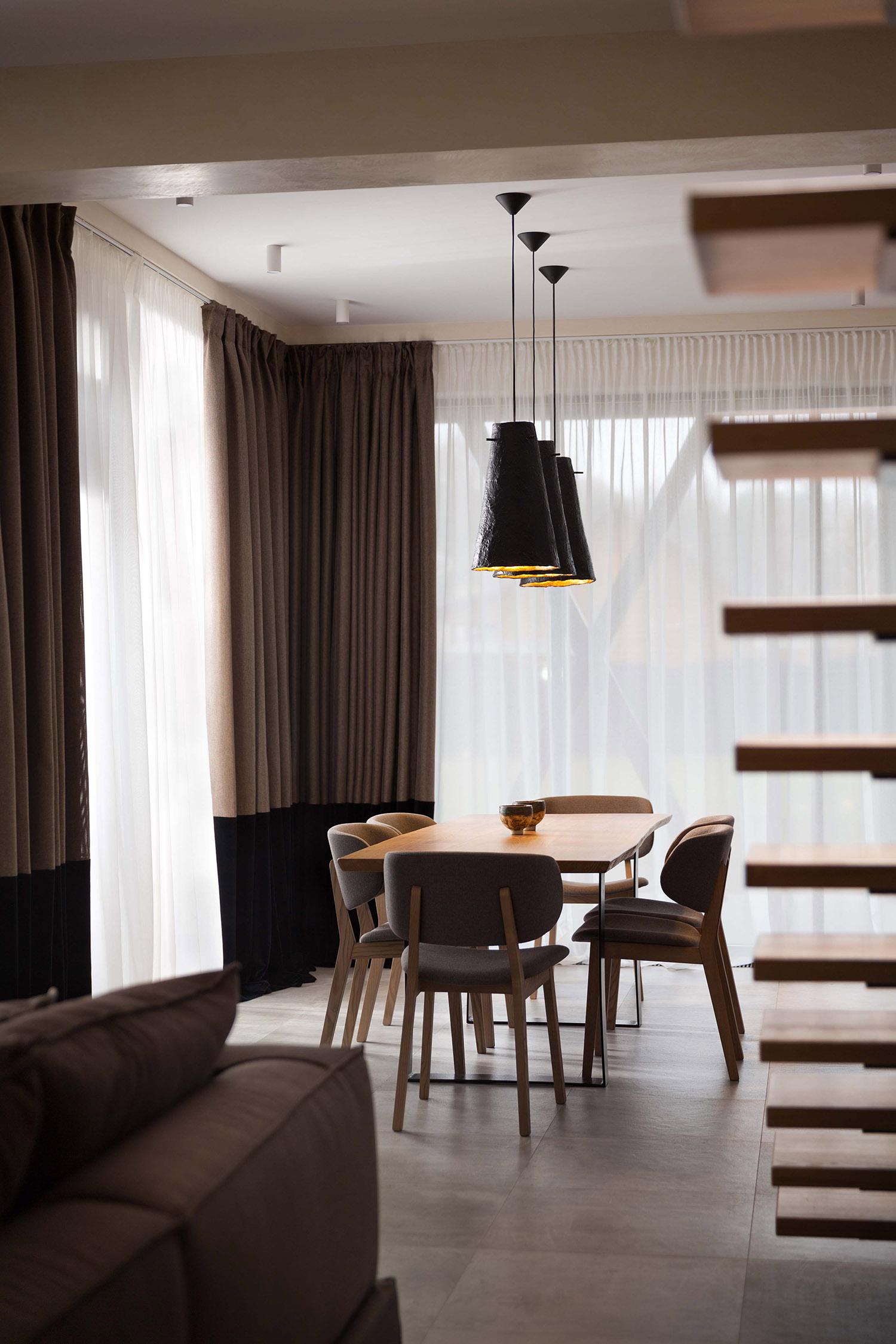 现代简约别墅餐厅装修效果图
