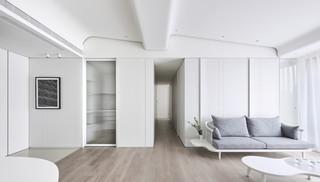 极简风白色公寓过道装修效果图