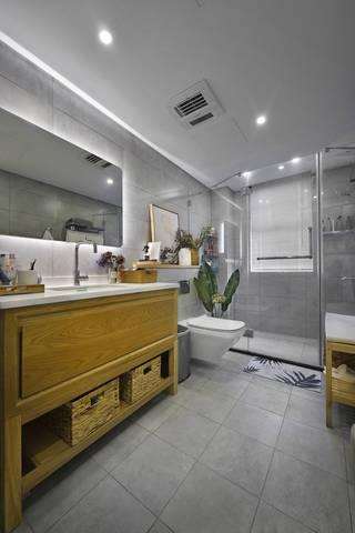 130平简约风装修浴室柜设计图