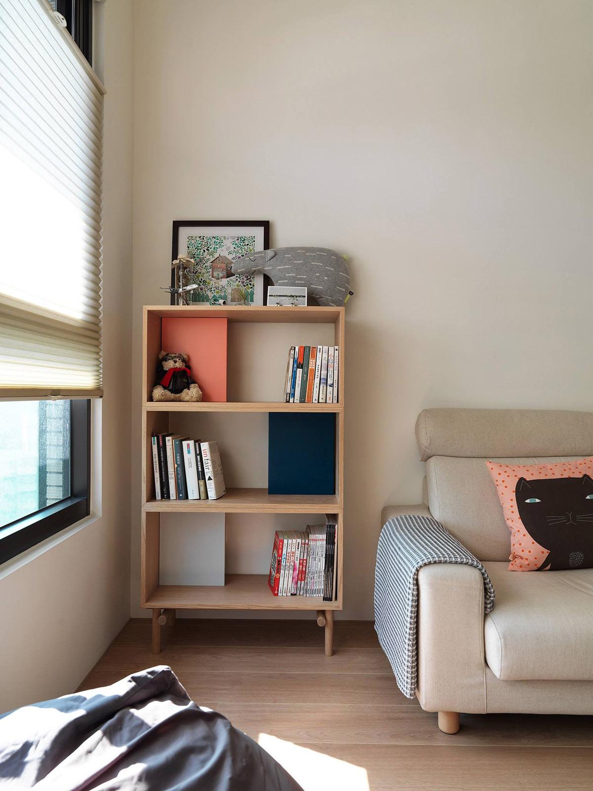 日式极简风二居装修书架设计图