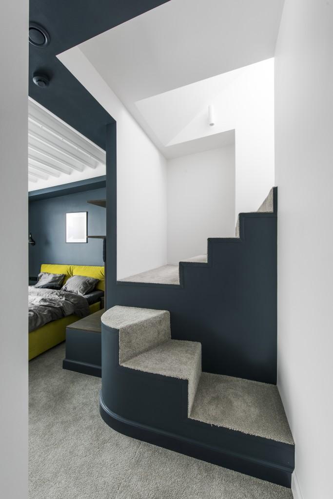 80㎡复式公寓楼梯装修效果图