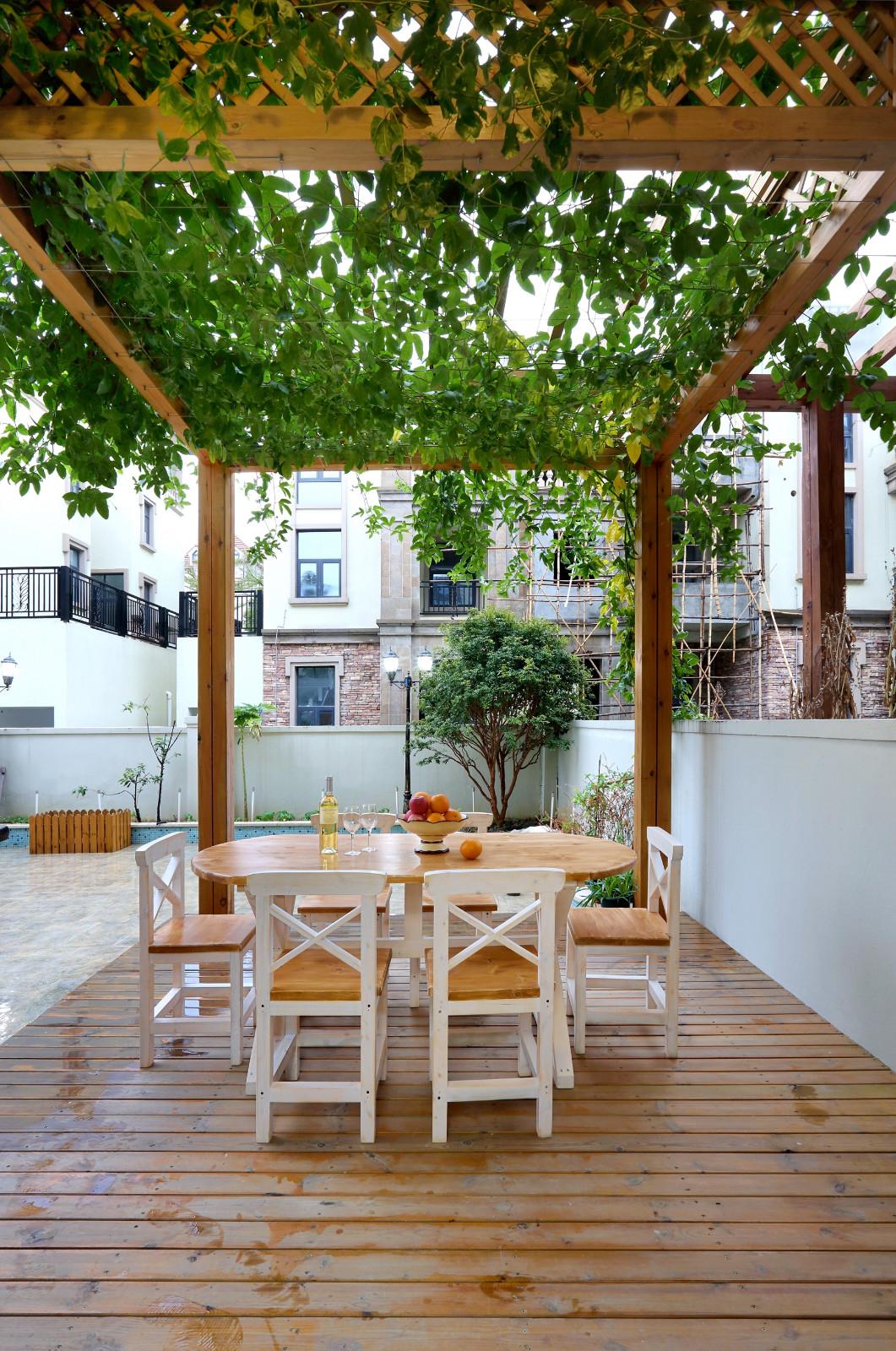 美式混搭风别墅庭院装修效果图