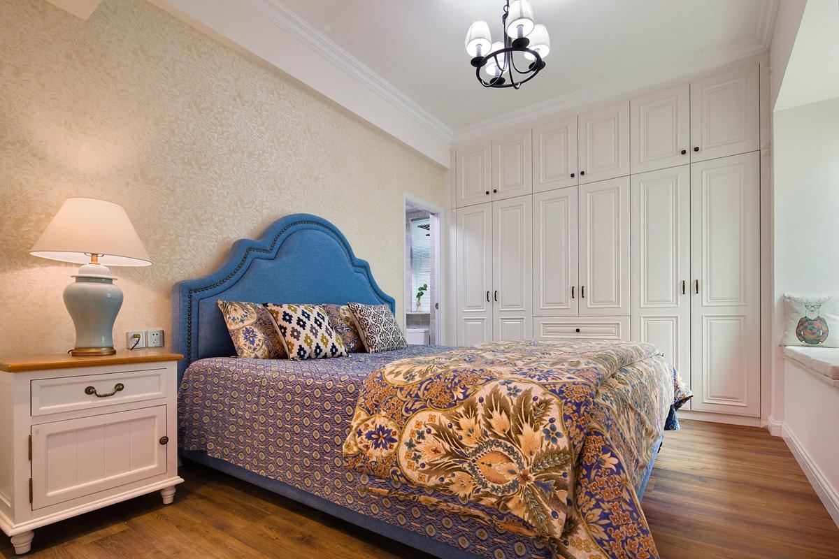 美式乡村风格两居卧室装修效果图