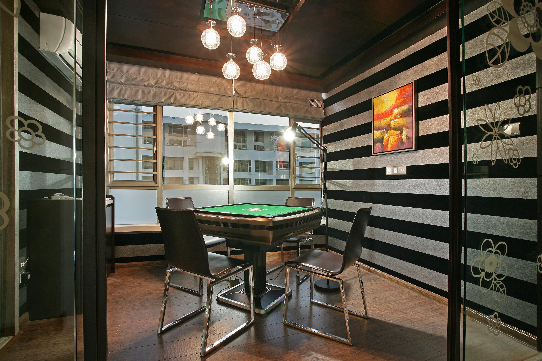 现代简约四房棋牌室装修效果图