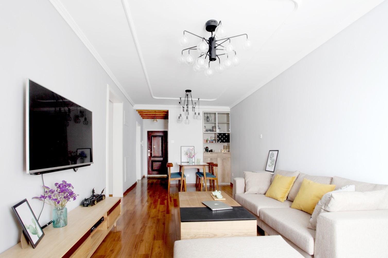 简约风格二居室客厅装修效果图