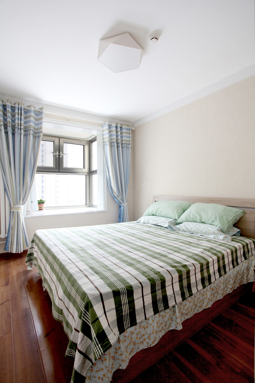 简约风格二居卧室装修效果图